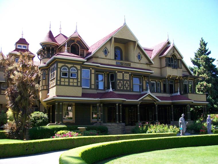 Winchester House: la storia della magione stregata