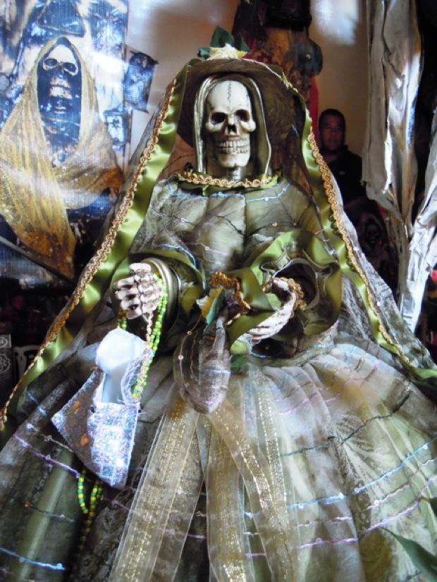 Nostra Signora della Santa Morte